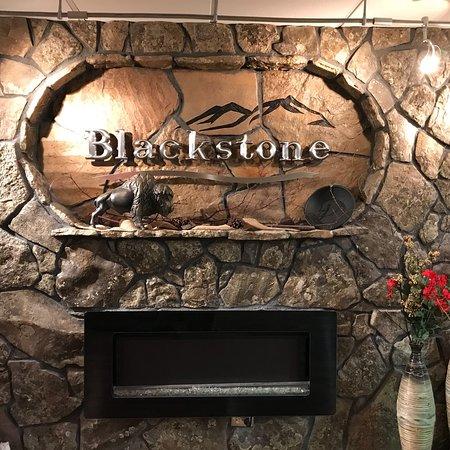 Blackstone Lodge and Suites: photo0.jpg