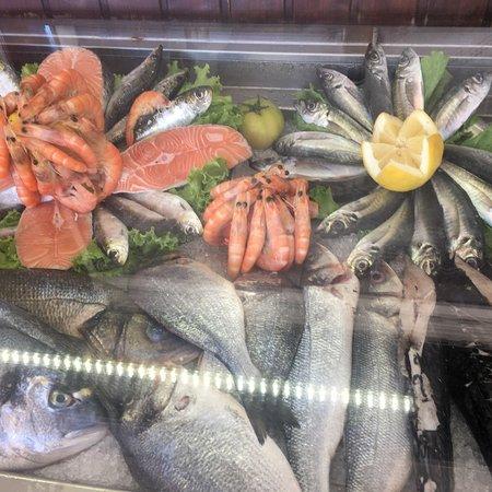 Setubal District, Portugal: L ' esterno più il pesce fresco
