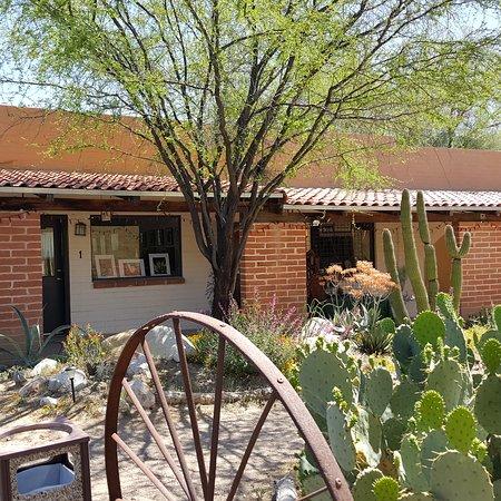 Cactus Wren Artisans Gallery
