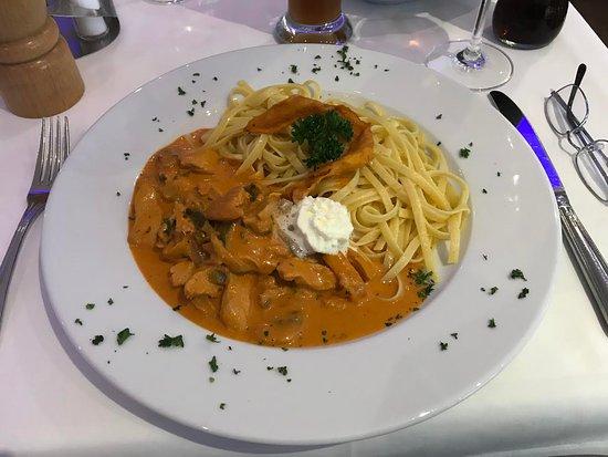 Horgen, İsviçre: Chicken stroganoff