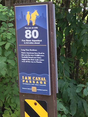 LaSalle, IL: Excellent mile markers with information each mile.