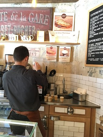Chocolat Chapon: The very nice gentleman getting our chocolate pulp ice treat (sorry, do not remember name!)
