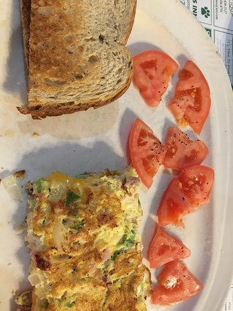 Granite City, IL: omelet with rye toast