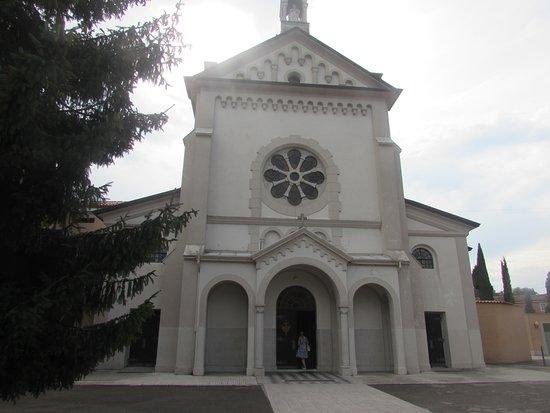 Gorizia, Italia: facciata chiesa