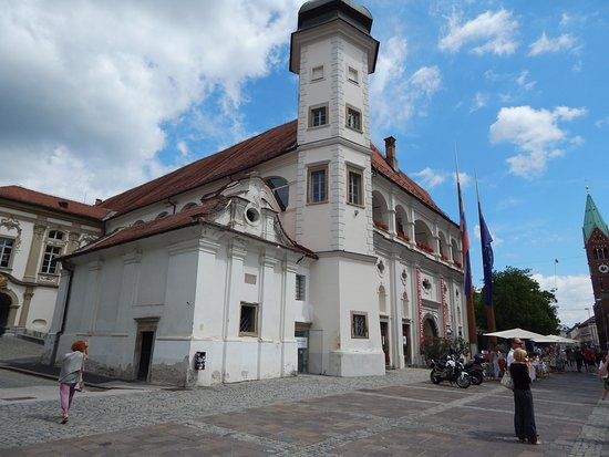 Slovenska Ulica street