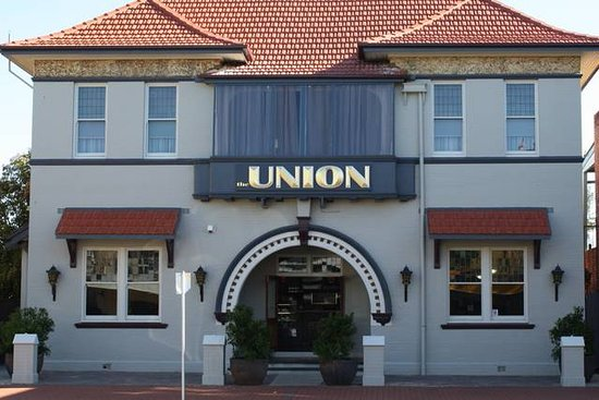 The Union Bar Inverell Old Photo Of Building Before Renovations Were Complete