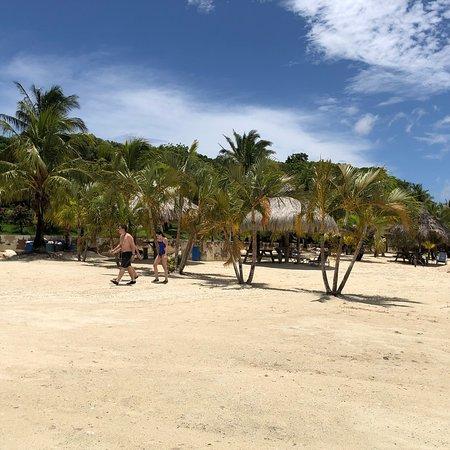 Beach Club Roatan: photo5.jpg
