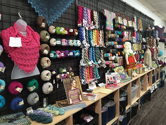 Whitesboro, TX: A wide selection of cotton and linen yarns for the southern climate.
