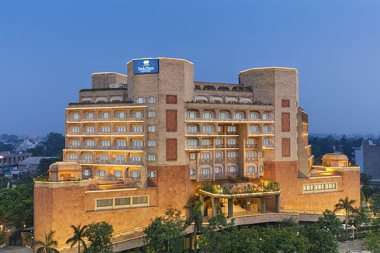Good Hotel Choice in Ludhiana - Review of Park Plaza