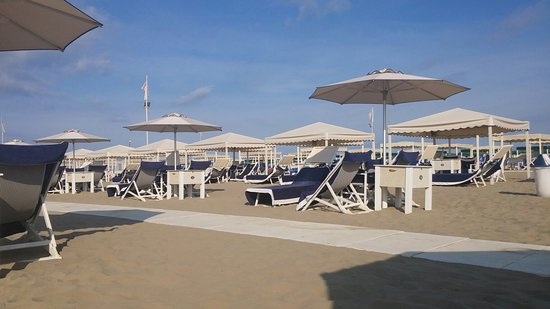 Marina di Pietrasanta, Italien: 20180813_090532_large.jpg