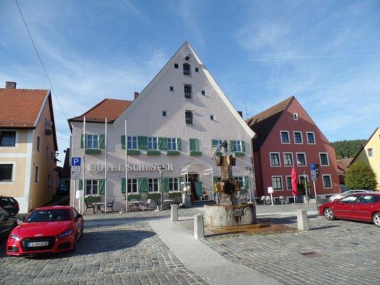Greding, Duitsland: Hotel von vorne