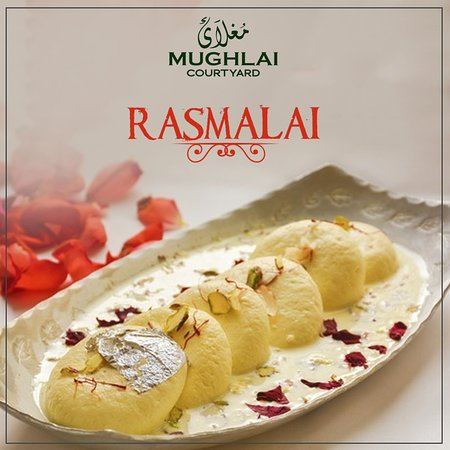 Stadtbereich Islamabad, Pakistan: Rasmalai at MUGHLAI Courtyard!