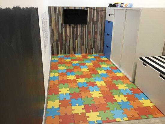 Bunker Escape Room