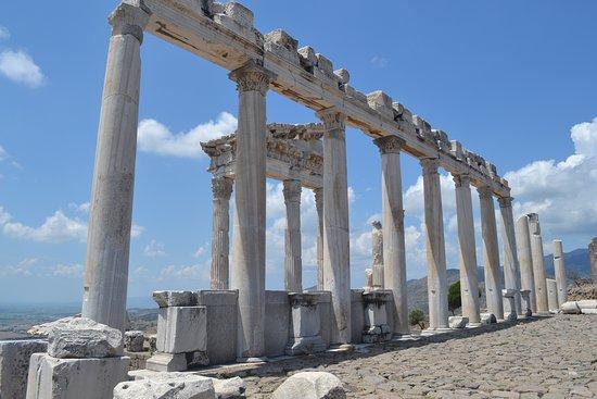ペルガモン、トラヤヌス神殿
