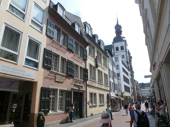 Beethoven House : Blick in die Bonngasse.