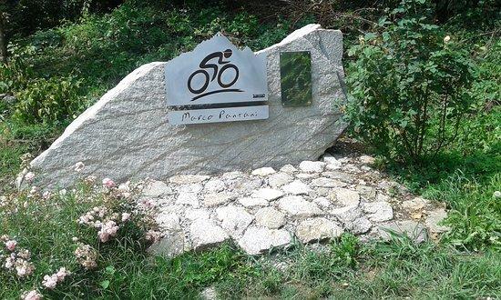 Busca, Italië: Il monumento