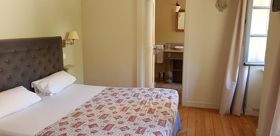 Hôtel Le Sauvage : 20180816_151450_large.jpg