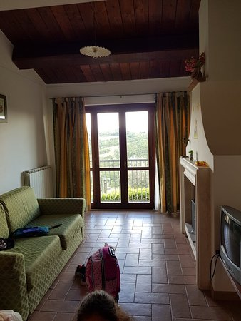 Collazzone, Italien: 20180813_163155_large.jpg