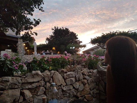 Vinjerac, Croácia: 20180815_200634_large.jpg