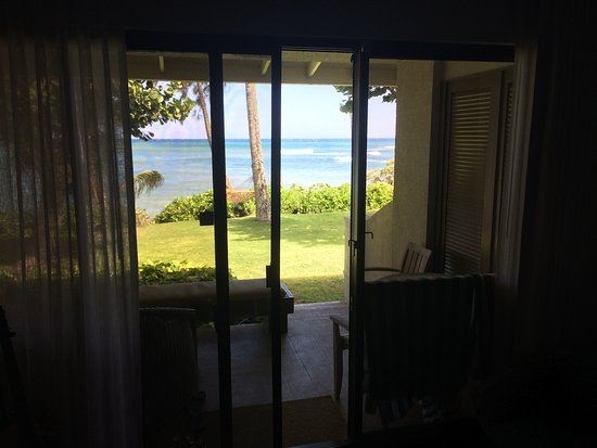 inside view of beach cottage 2 queens picture of turtle bay rh tripadvisor com