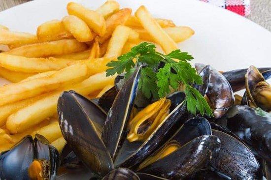 Oust, Γαλλία: soirée moules/frites du vendredi soir !