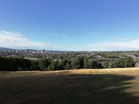 Meersbrook Park: a nice view of Sheffield
