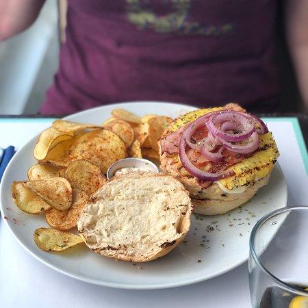 BUGO Art Burgers: photo1.jpg