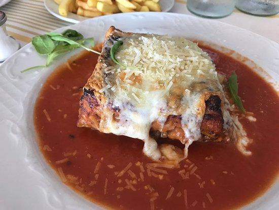 La Gondola: Meat lasagne was very tasty, hot & fresh