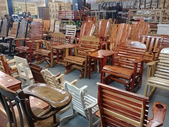 Ethridge, TN: Check out our quality, Amish handcrafted furniture! All on consignment by the local Amish!