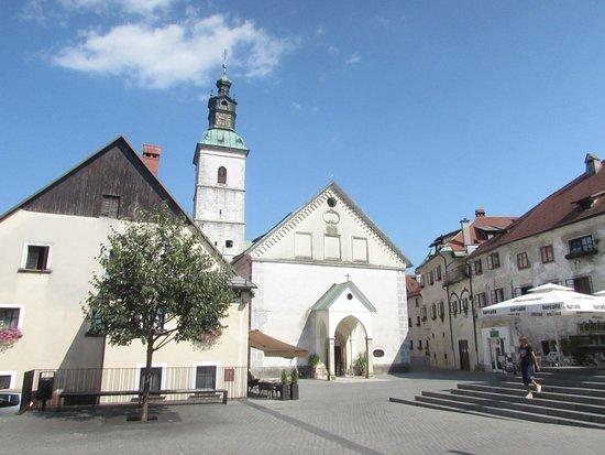 Župnijska cerkev Sv. Jakoba: facciata chiesa