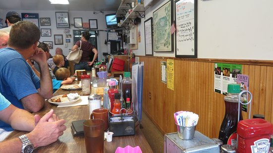 Cooperstown Diner: Chaos at the Counter