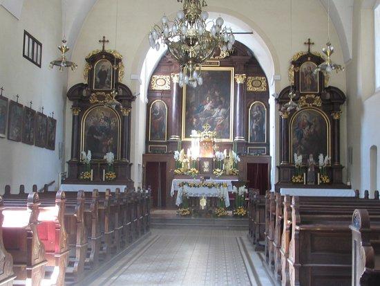 Capuchin Church: altare maggiore
