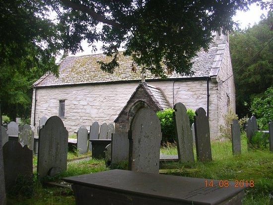 St Gwyddelan's Church
