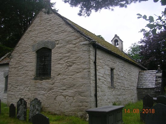 St Gwyddelan's Church