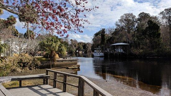 Winding River Garden Park