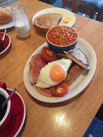 Invermoriston, UK: Our Full Scottish Breakfast