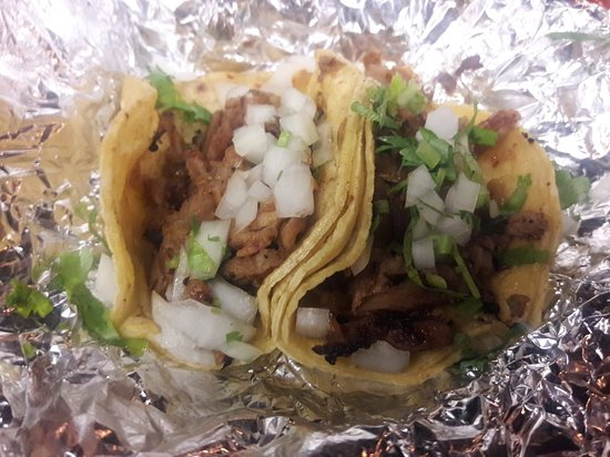 Downey, CA: Seafood & Taco's Raul