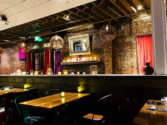Chauhan Ale and Masala House: Interior