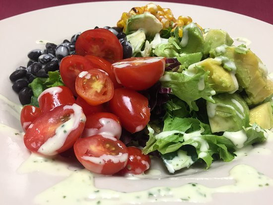 West Hazleton, PA: Blueberry Cobb Salad