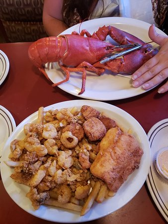 Lobster Boat Restaurant: 20180713_193942_large.jpg