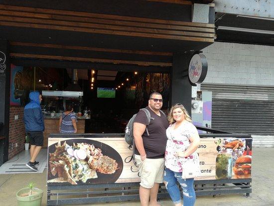 Border Tours: Laka Laka Restaurant tasting food