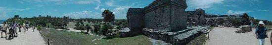 Ruins of Tulum: Un poco de todo