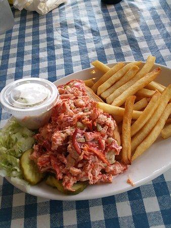 Best Seafood Restaurant In Hyannis Massachusetts