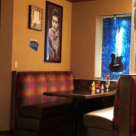 Hard Rock Cafe Mall of America: photo2.jpg