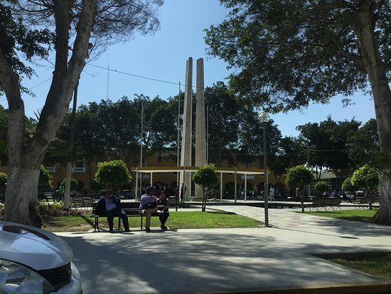 Plaza de Armas views