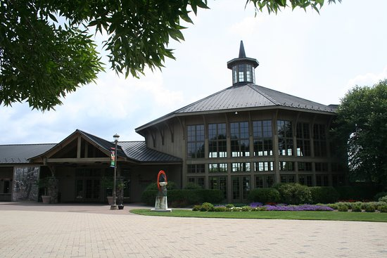 Bethel, NY: The is the Center for the Arts w/ Museum, Cafe, Gift Shop &beautiful glass-walled performance ar