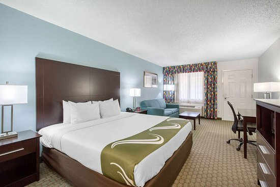 Quality Inn Clute Freeport