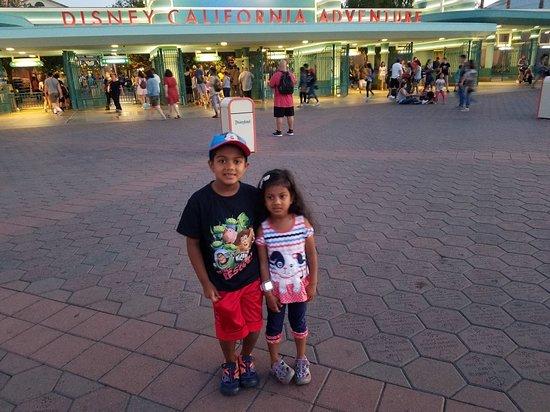 Disney California Serüveni: 20180814_195709_large.jpg