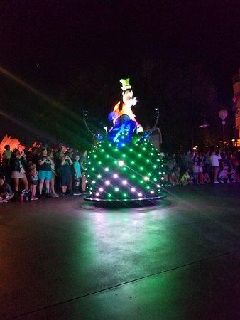 Disney California Serüveni: 20180814_212320_large.jpg
