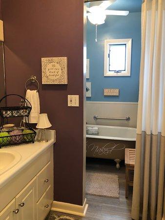 Saint Francis, KS: Plenty of privacy when taking a Mineral Bath.